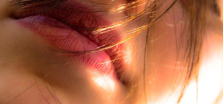 esercizi contorno labbra anti rughe
