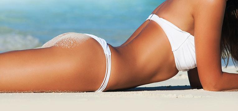Proteggere la pelle dai danni dell'abbronzatura